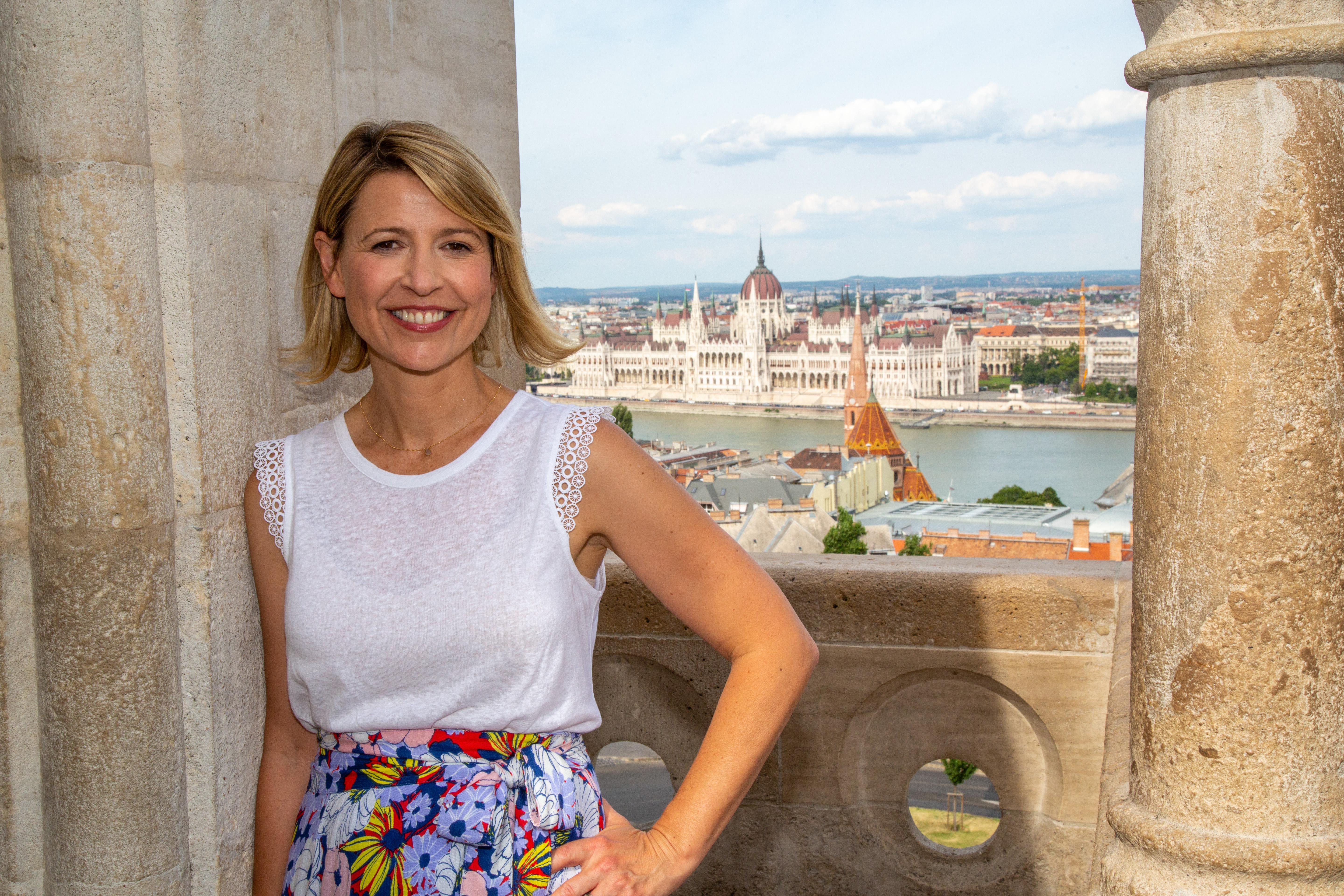 Emmy Award-winning host Samantha Brown explores food, drinks, art, design, culture and adventure.